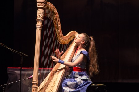 joanna_newsom_performs_at_the_orpheum_theatre